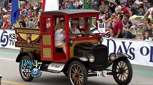 MODEL T <br> EV CONVERSION <br> Model T in parade.