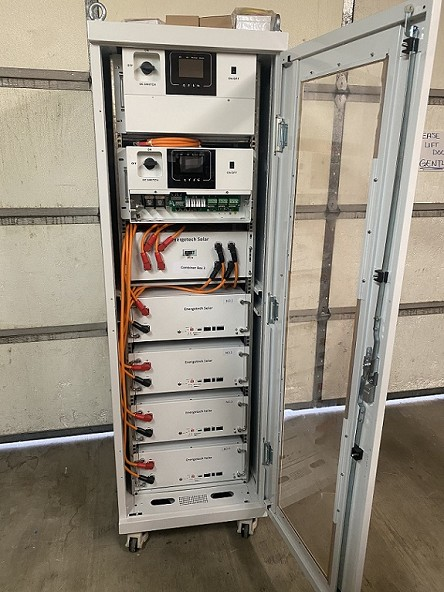 Two 7.6kW Inverters with 20KWh of Lithium Batteries Energy Storage System