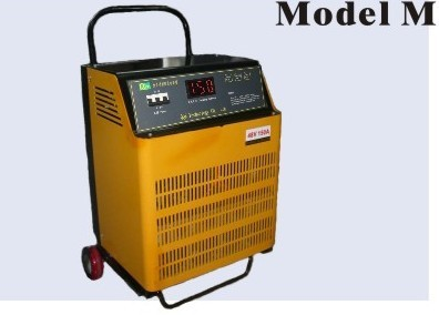 5.76-14.4kW 48V 200A<br>Model M Lithium or Lead-Acid Intelligent Battery Charger